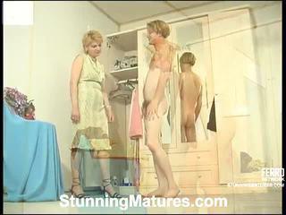 Christina и tobias извратен мама вътре действие