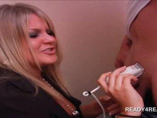 Blonde sexy amateur babe shaving pecker for cash