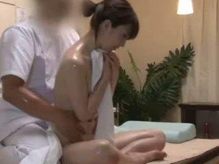 Spycam reluctant teengirl seduced von masseur