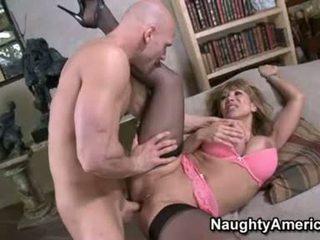 Seksi floozy ava devine likes getting cummed di dia mulut setelah sebuah bagus hawt apaan
