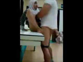 Turkish-arabic-asian hijapp smíchat photo 8