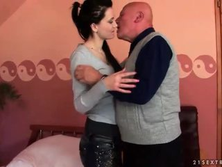 brünette, hardcore sex, oral sex