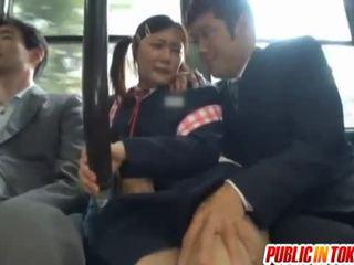 Kiểm duyệt nhật bản xe buýt trio