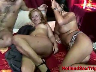 Two هولندي sluts اللعنة ل insatiable سائح