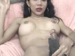 Jeje plays з a masturbation sleeve