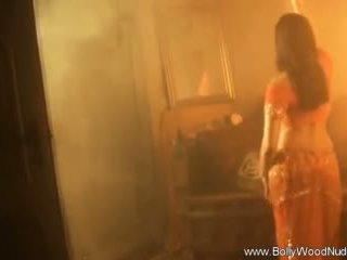 brunett, naken, solo girl