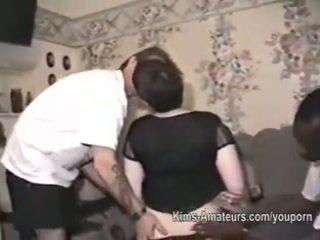 Raw 집에서 만드는 아마추어 그룹 섹스 footage