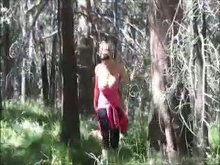 Kelly Madison Loves Fucking In The Woods