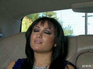 Gabriella fucked dalam yang limo video