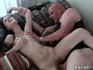 若い 娼婦 amai liu getting pounded 上の 彼女の sugary 甘い 小さな プッシー
