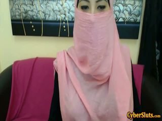 Real Shy Arab Girls Naked only on Cybersluts