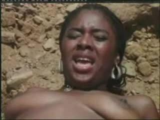 Mapouka וידאו