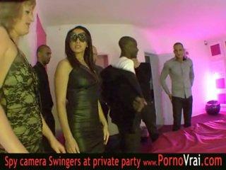 Francesa troca de casais festa em um privado clube parte 03