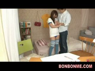 教師 gives セックス 教育 へ ティーン ボインの 女の子 002